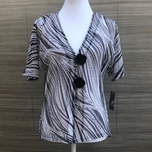 JM Collection Black and white blouse NEW